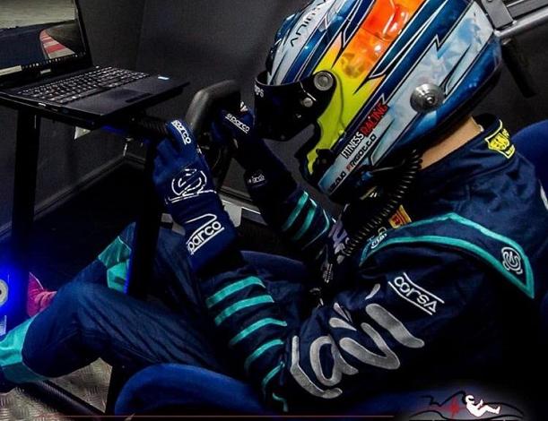 Gustavo Frigotto utiliza simuladores de corrida para treinar.